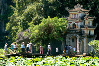 Bich Dong grotto - a famous tourism spot in Ninh Binh